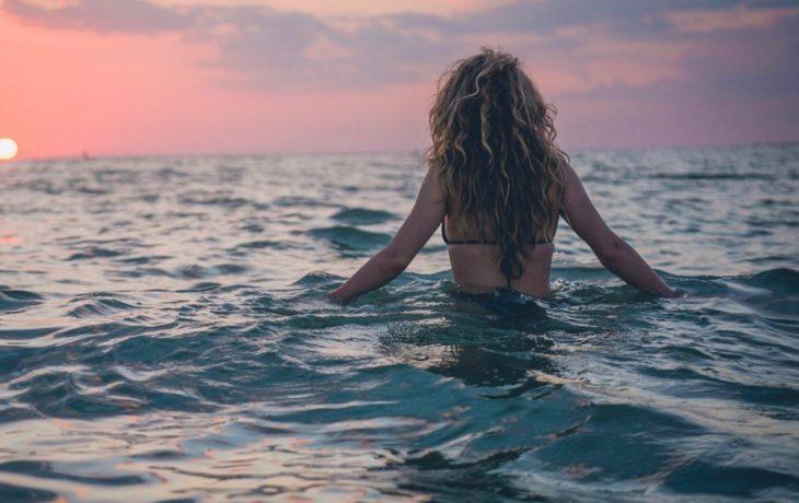 Viajar sozinha: conhecendo o mundo com mais liberdade